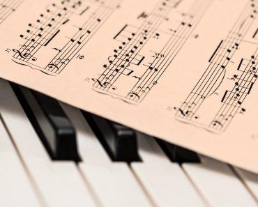 Piano och noter